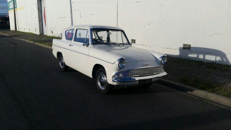 1965 フォード アングリア 105e セダン